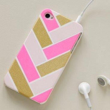 100-Creative-Ways-to-Use-Washi-Tape-Herringbone-Cellphone-Cover
